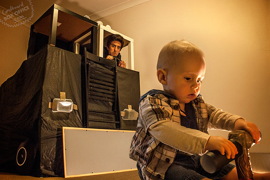 famous-movie-scenes-baby-photography-cardboardboxoffice-7